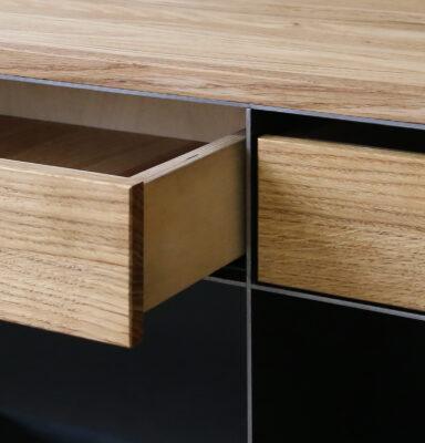 Design Stahlmöbel Sideboard Holzschubladen