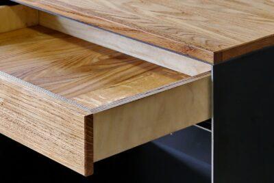 Design Metallmöbel Stahl Holzschubladen