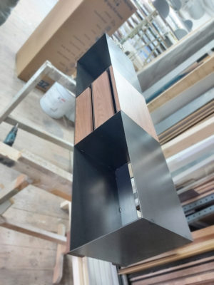 minimalistisches TV Sideboard mit Nussbaum