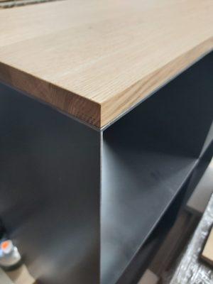 Kaminholzregal klein Detailansicht Möbel Metall Schwarz